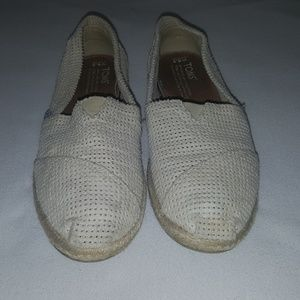 Toms- White Size 6.5
